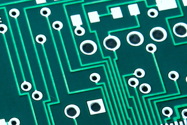 When to use right-angle PCB traces
